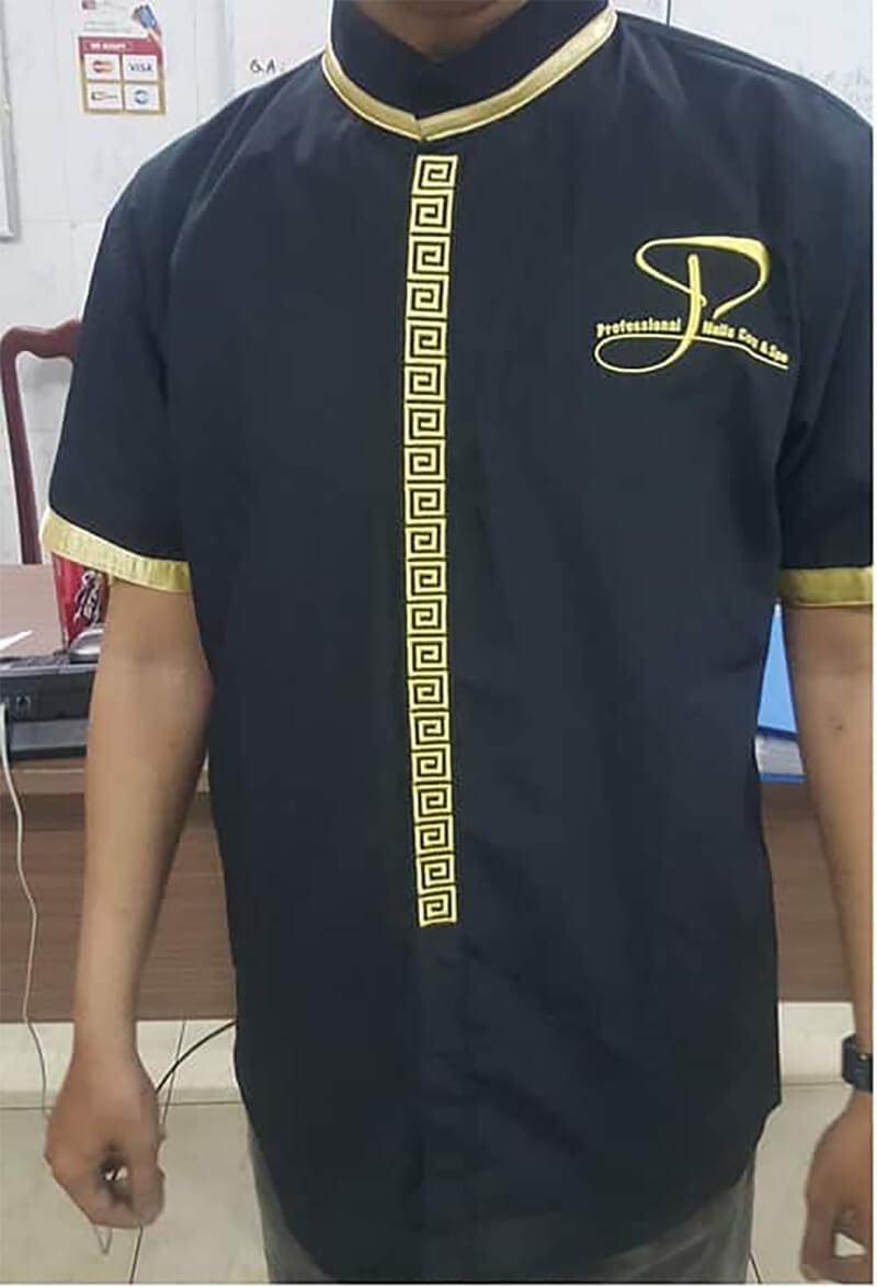 Đồng phục Spa được may với các chi tiết thêu phức tạp được sản xuất tại Tp.Hồ Chí Minh