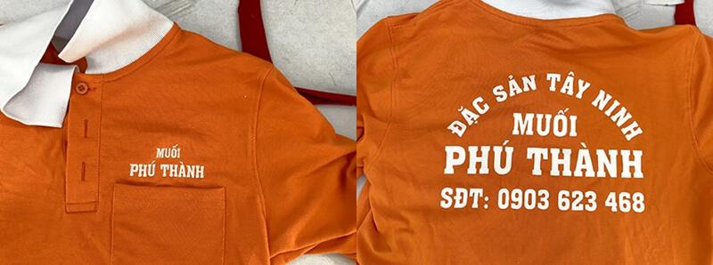 Logo thêu và in áo thun