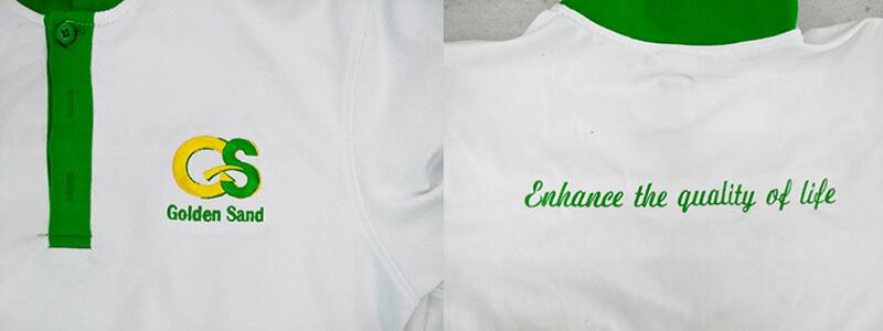 Logo thêu ngực và in lưng