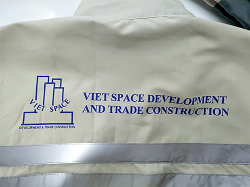 Logo in và thêu của Vietspace