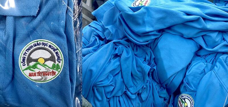 Logo thêu và thân áo