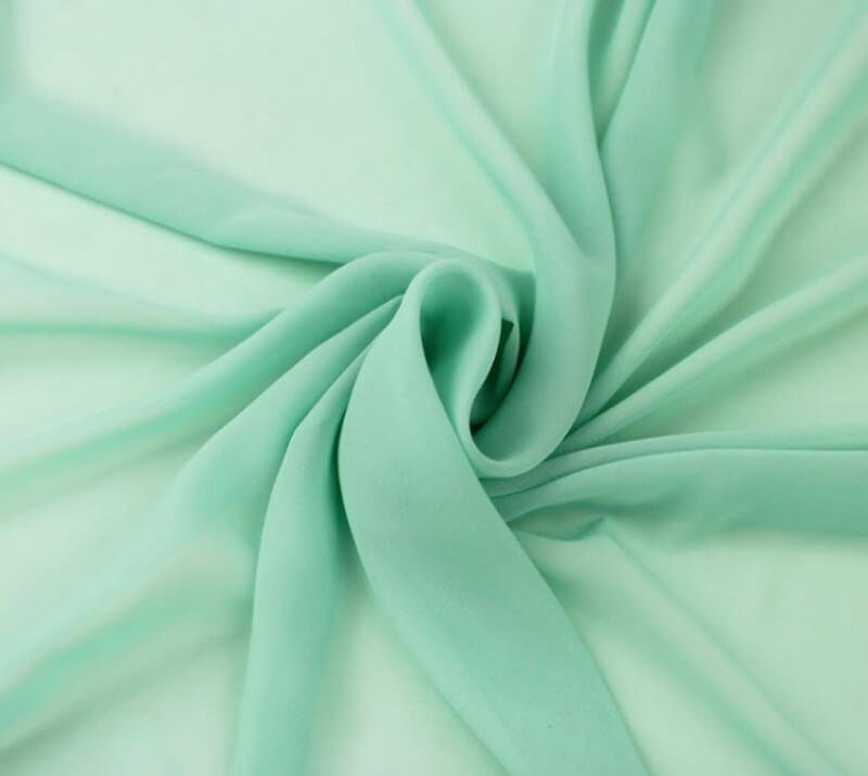 Chiffon thích hợp với những mẫu váy dài, đầm váy maxi