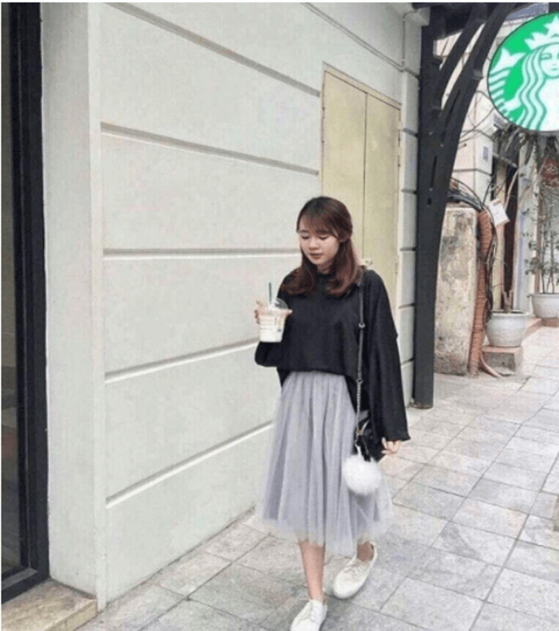 Chân váy công chúa mix áo len thêm phần nữ tính