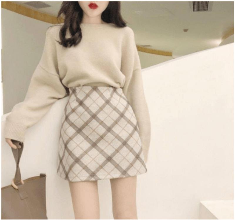 Cách mix váy với áo len nhã nhẵn và thanh lịch
