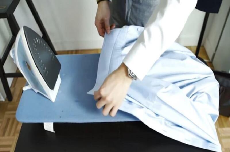 Bạn đã biết cách ủi áo sơ mi đúng và nhanh nhất