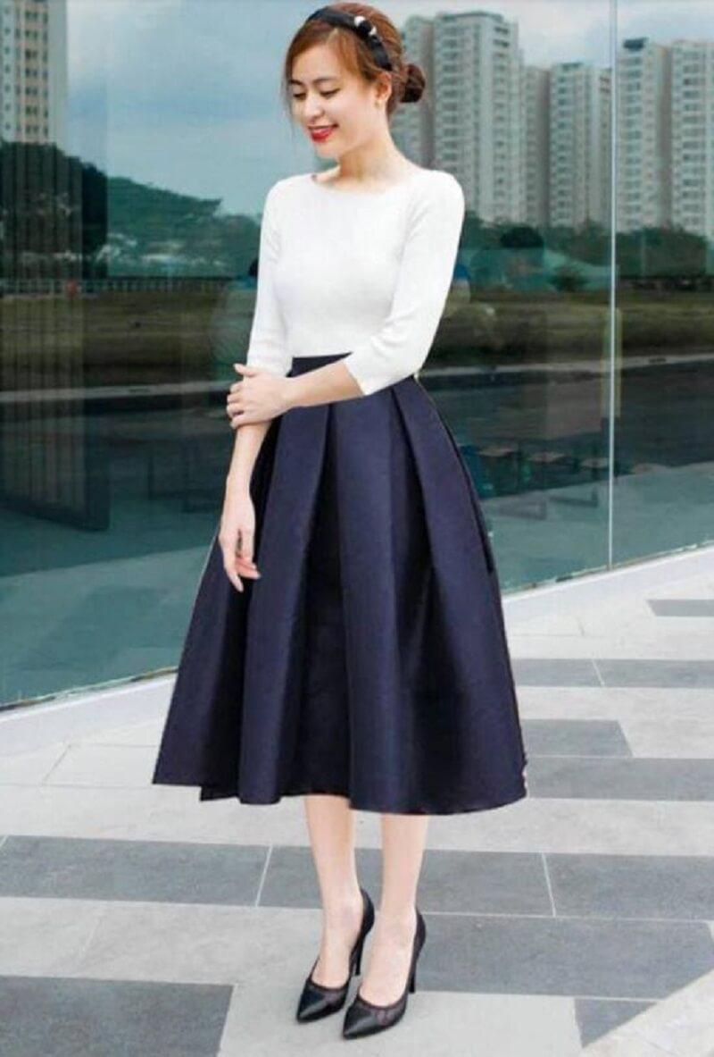 Áo thun Hàn Quốc giúp chị em công sở thêm phần trẻ trung, hiện đại