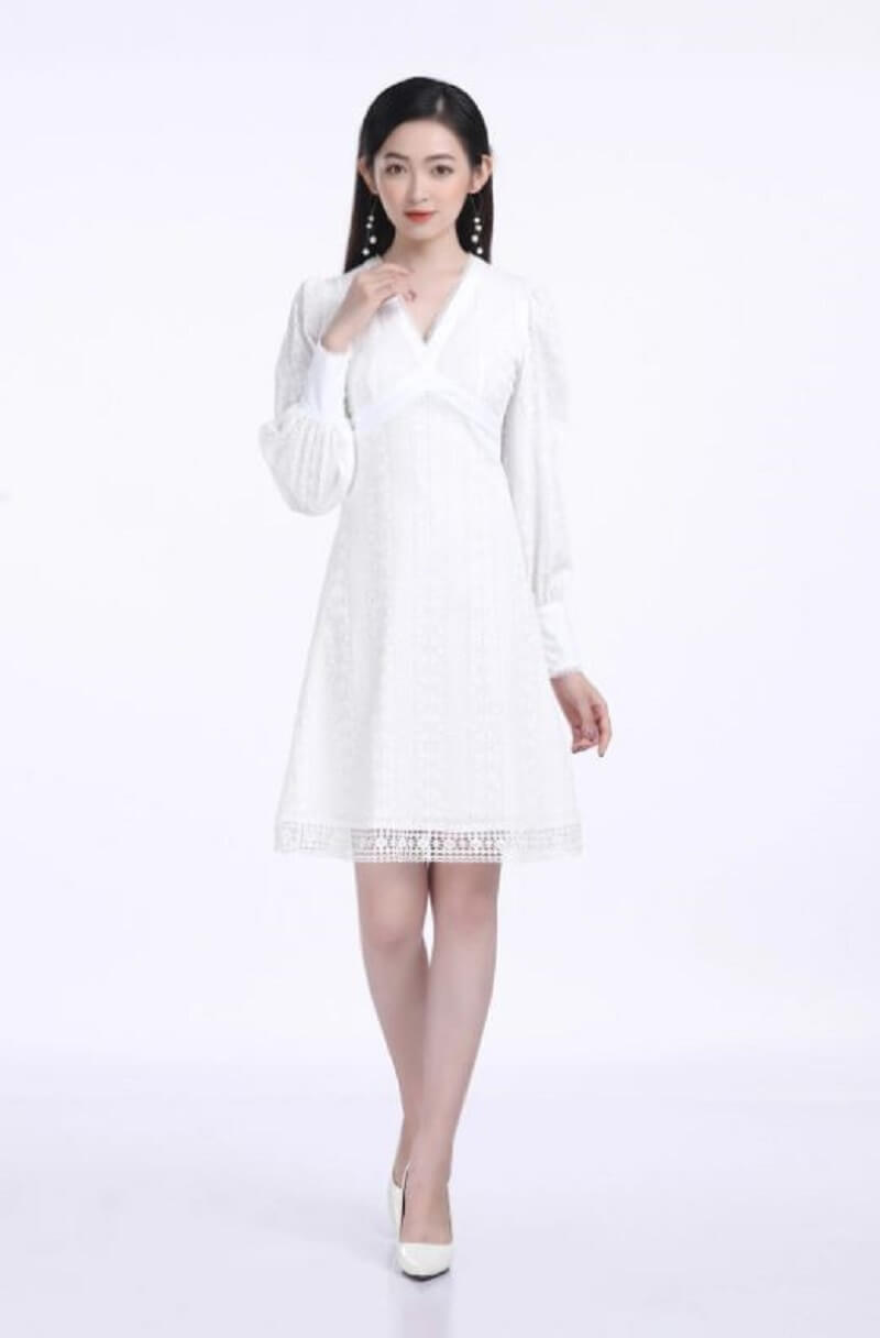 Đầm công sở màu trắng giúp nàng luôn tỏa sáng