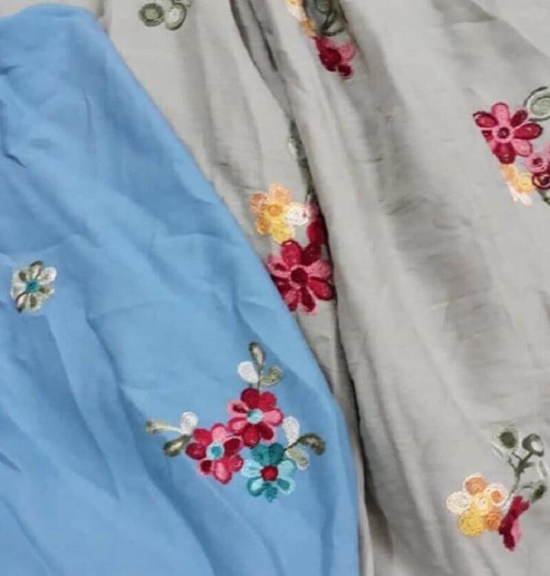Vải đũi thêu hoa
