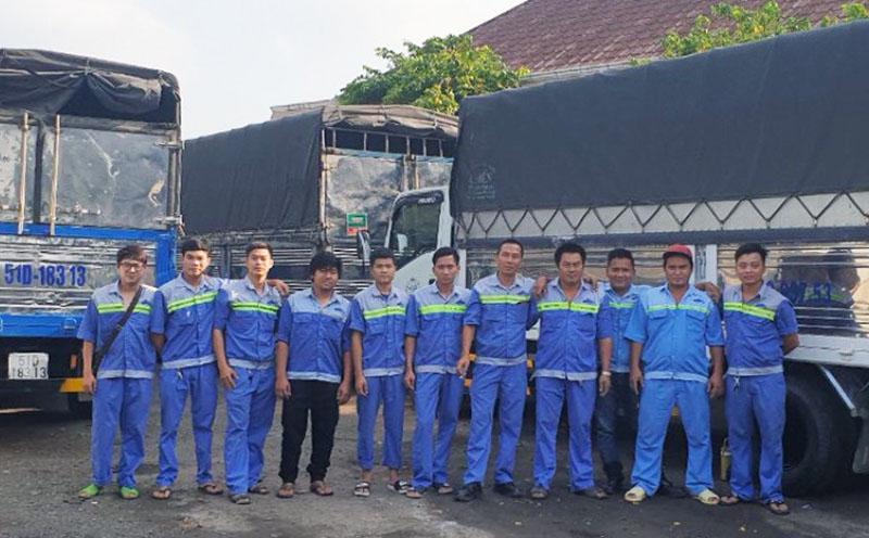 Công ty Lê Lâm Transport mặc đồng phục may tại Dony