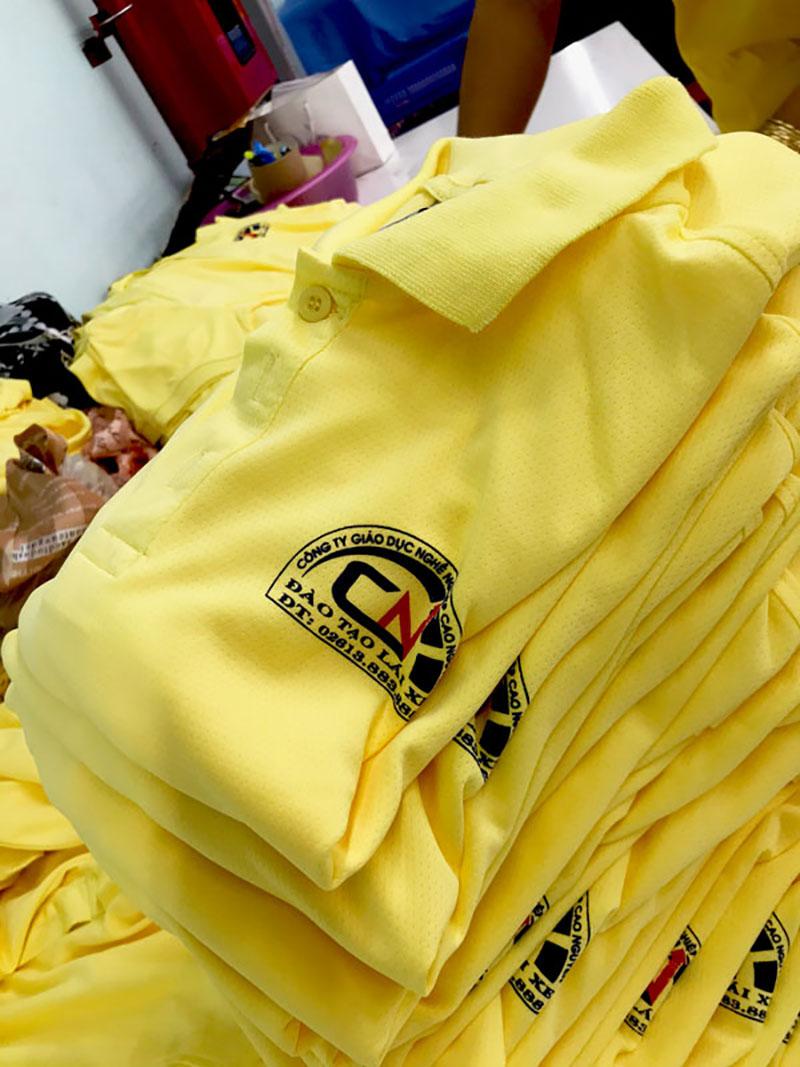 Sản xuất áo công ty giáo dục nghề nghiệp Cao Nguyên