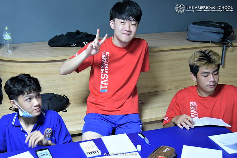 ao-dong-phuc-truong-viet-my-18
